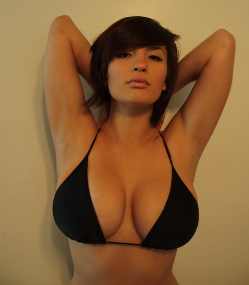 natural women breasts
